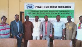 POLITICAL ASPIRANTS IN A GROUP PHOTOGRAPH WITH TECHIMAN BUSINESS COALITION MEMBERS.jpg